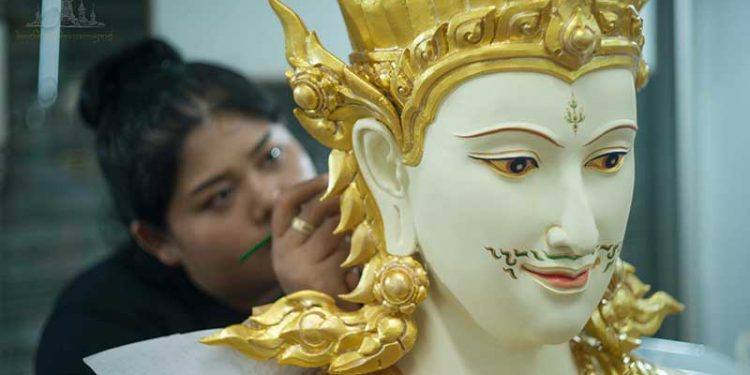 Sculpture-monk