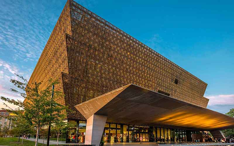 NMAAHC-in-towe